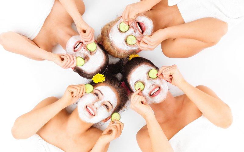 Masky na obličej a vše kolem nich